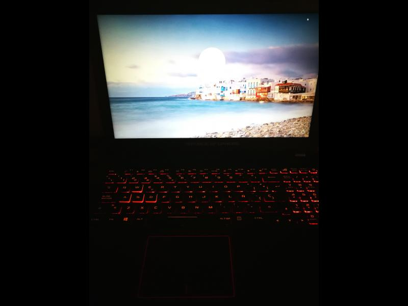 Portátil Asus GL553VD Intel Core i7, vista 3