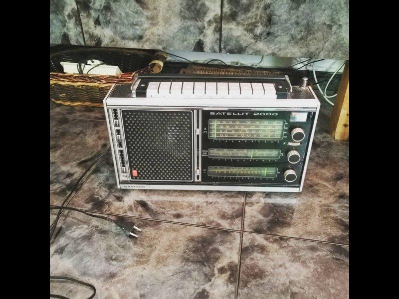 Radio Grundig, vista 1