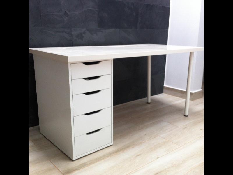 escritorio, mesa de estudio, vista 2