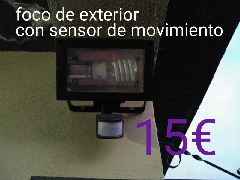 Foco con sensor de movimiento, vista 1