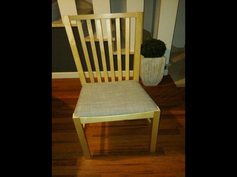 Mesa de comedor con 4 sillas, vista 2