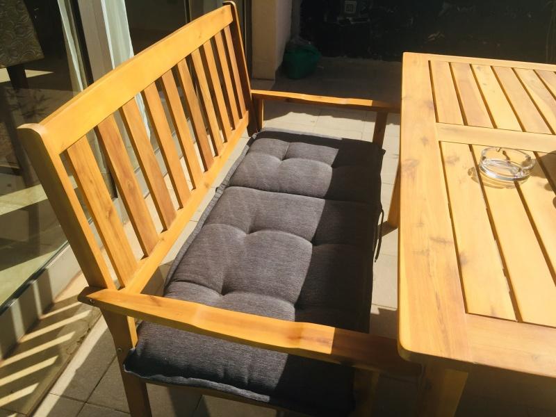 Mesa y sillas exterior, vista 2