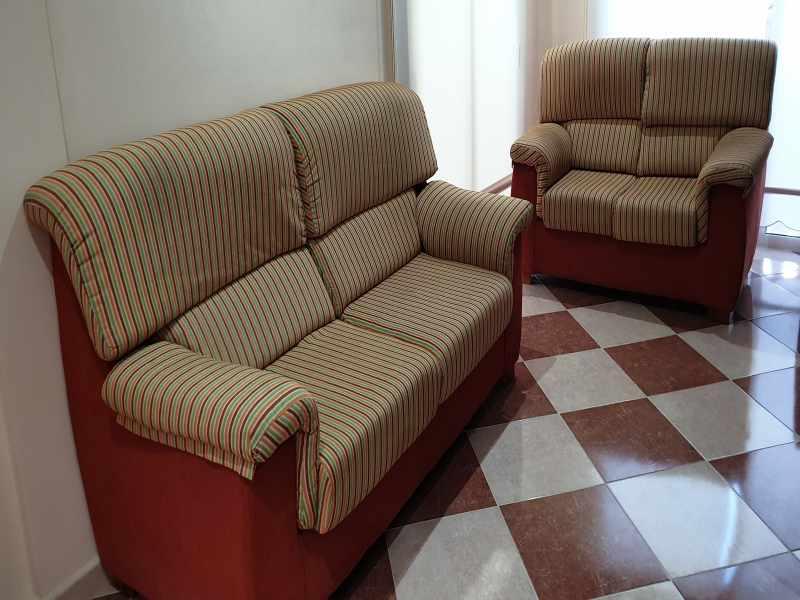 Conjunto sofás de 3 y 2 plazas, vista 3