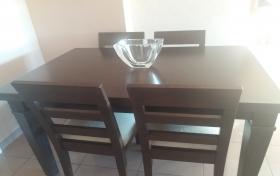 Mesa de comedor y 4 sillas de segunda mano, referencia: 562-ho