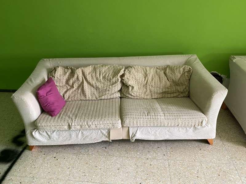 Sofa de 3 plazas, en buen estado, vista 1