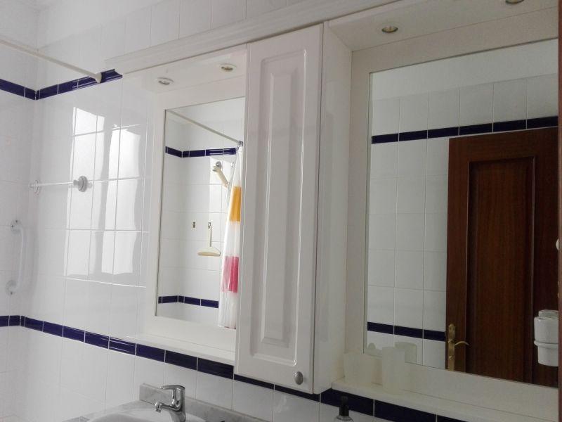 Mueble baño con espejo, vista 3
