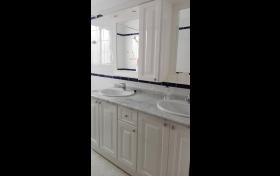 Mueble baño con espejo, referencia: 67-ho