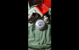 3 Adornos de porcelana, referencia: 807-ho