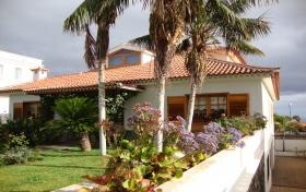 Ver las fotos y detalles, de chalet en Puerto de la Cruz, Tenerife. ref.: 1063-v-ch