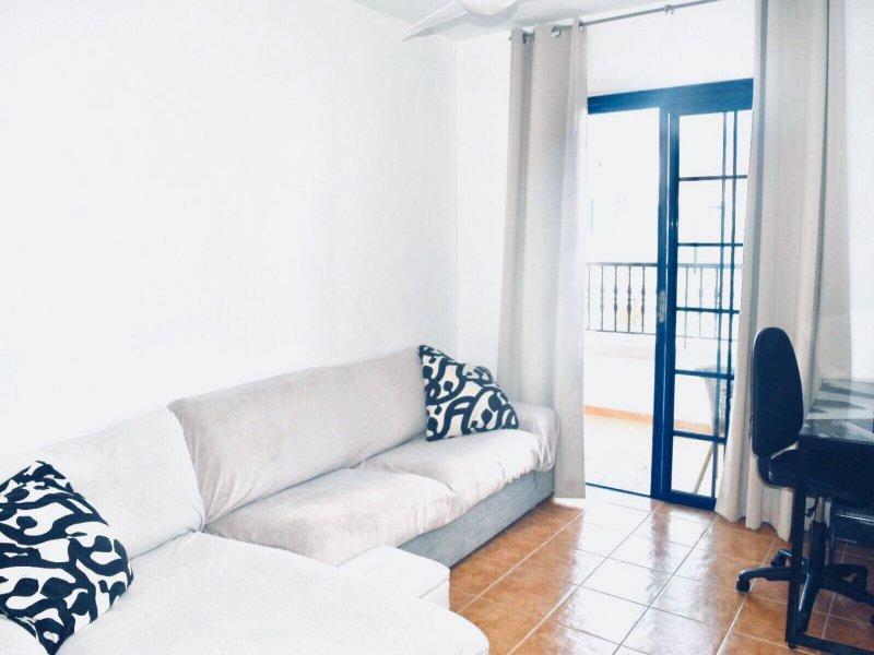 Se alquila apartamento vista 5 referencia=1094-a-ap