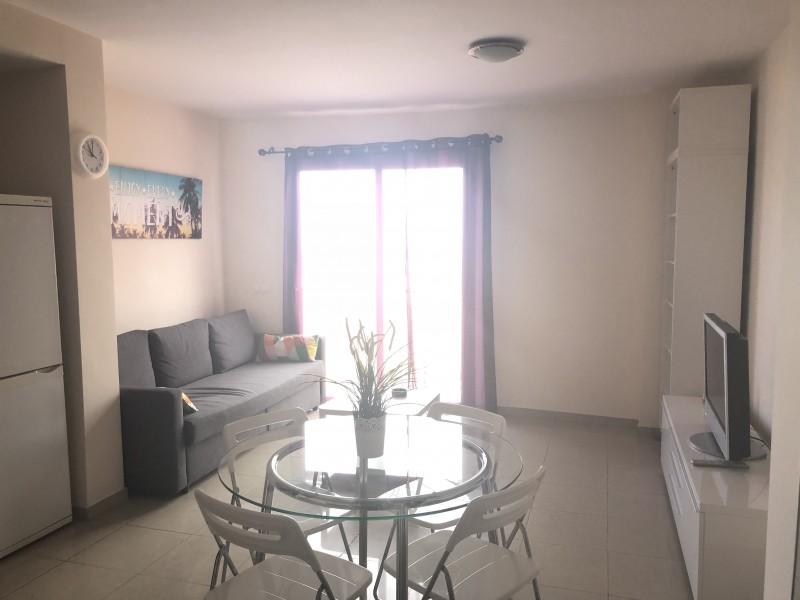Se alquila apartamento vista 2 referencia=1196-a-ap