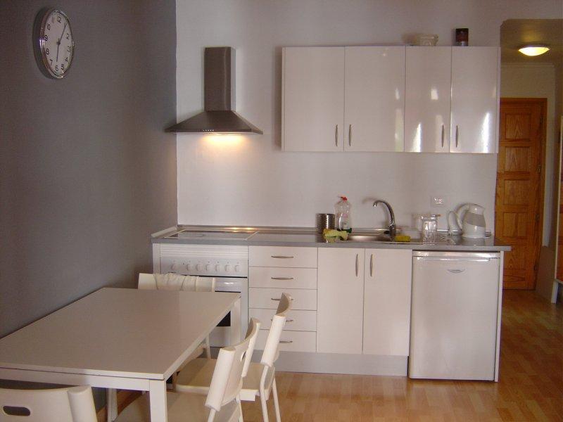 Se alquila apartamento vista 2 referencia=1204-a-ap