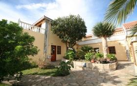 Ver las fotos y detalles, casa rural de  en El Rosario, Tenerife. ref.: 1644-vac-cr