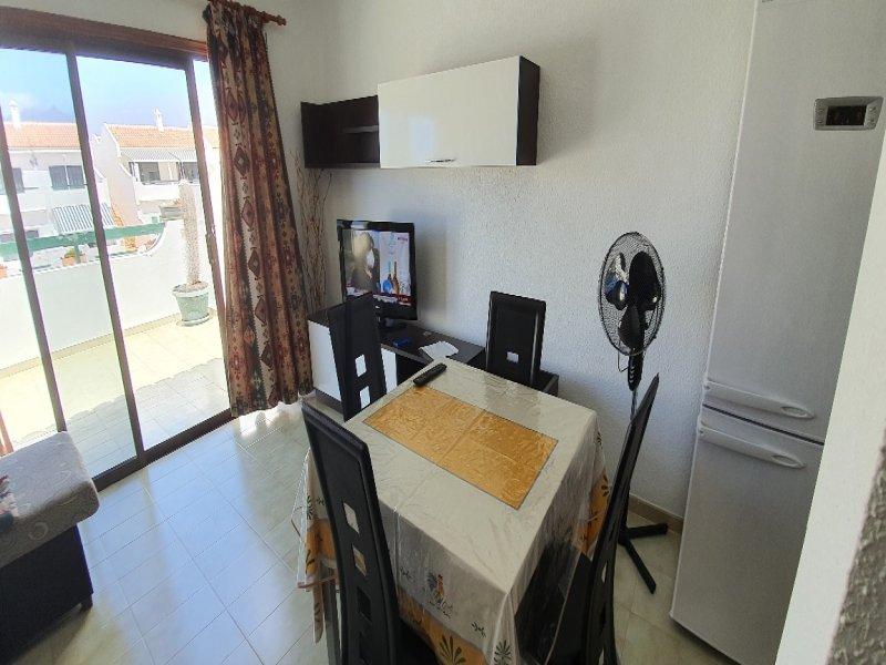 Se vende apartamento vista 4 referencia=1882-v-ap