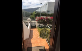 adosado en Güimar con 4 dormitorios