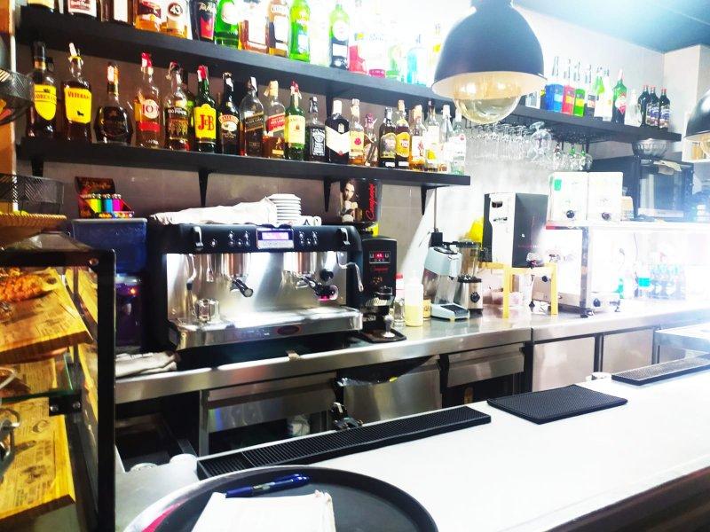 Se vende bar restaurante vista 7 referencia=1945-v-br