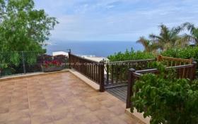 Ver las fotos y detalles, pareado de  en Santa Úrsula, Tenerife. ref.: 425-v-pa