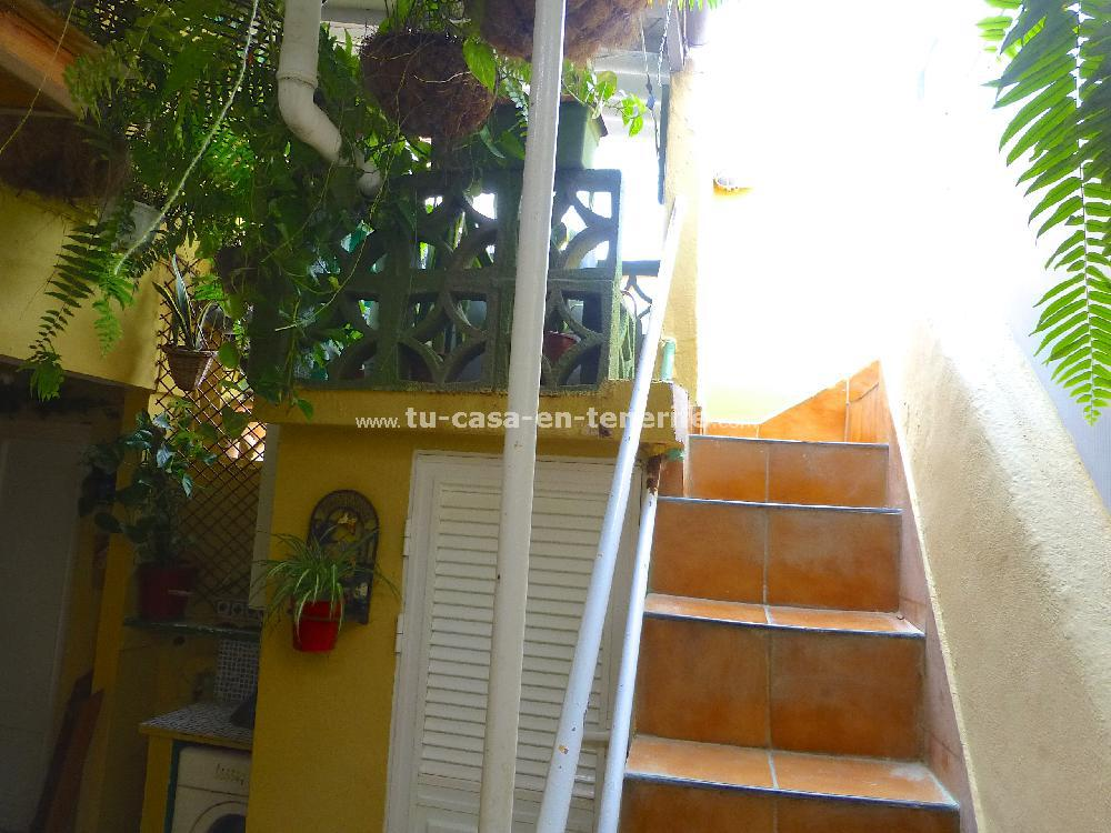Se vende hostal vista 35 referencia=526-v-hs