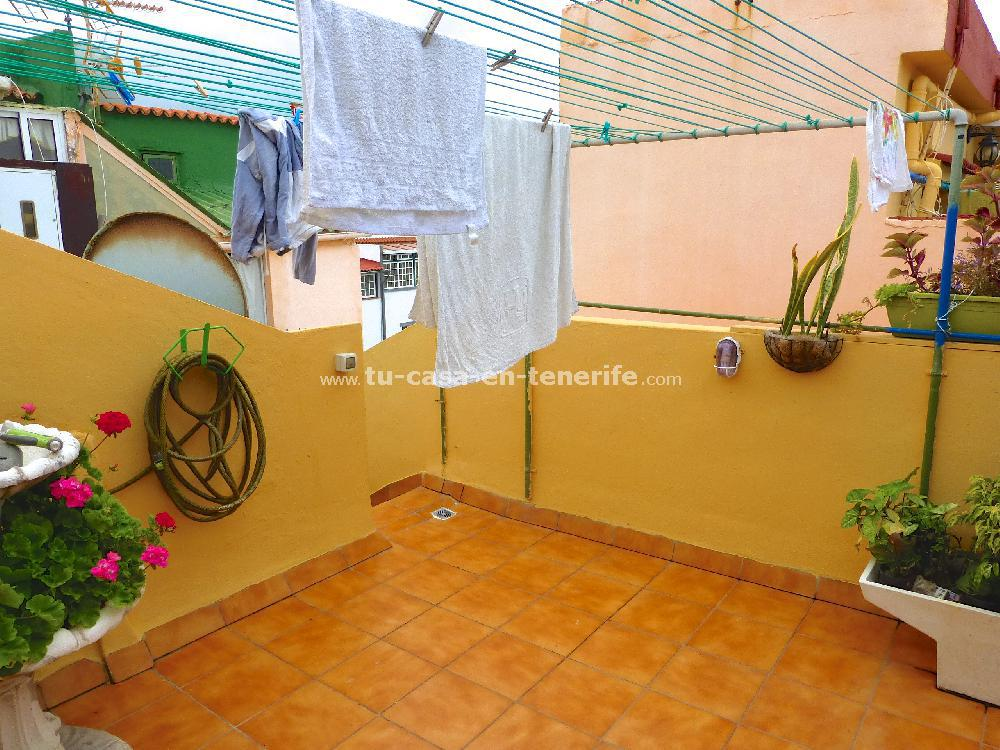 Se vende hostal vista 37 referencia=526-v-hs