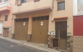 Ver las fotos y detalles, de casa-terrera en Santa Cruz de Tenerife, Tenerife. ref.: 807-v-ca