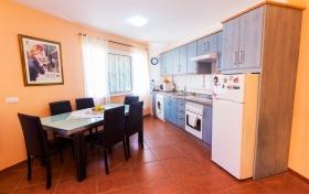 Ver las fotos y detalles, piso de  en Santa Úrsula, Tenerife. ref.: 998-v-pi