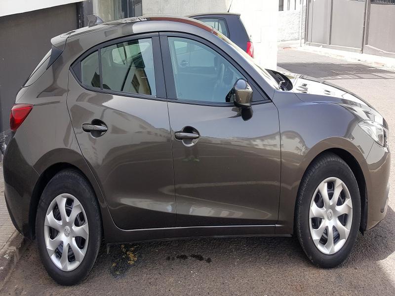 Mazda 3 1.5 100cv 2015, vista 2