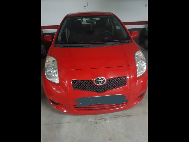 Toyota yaris sport, vista 1