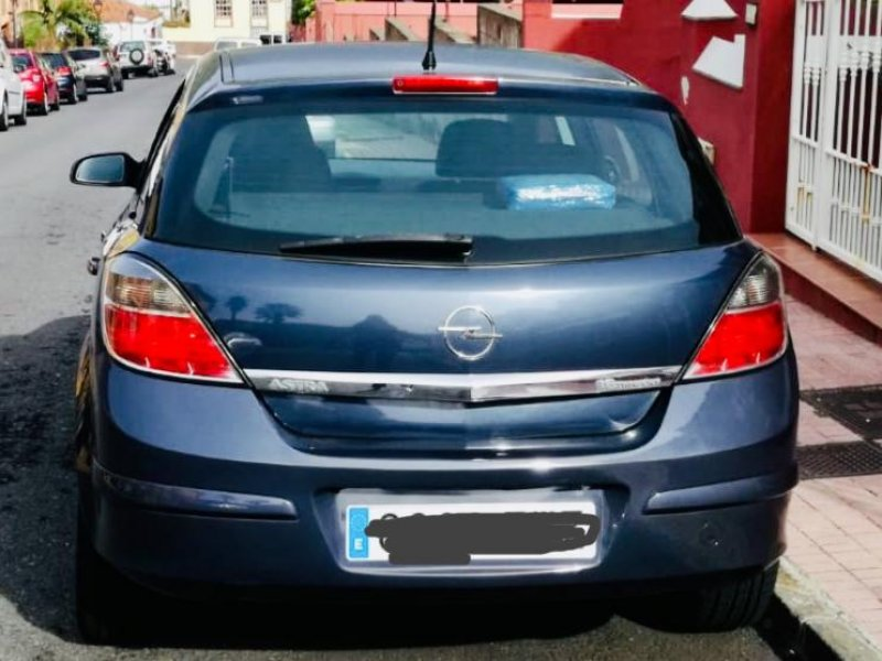 Opel astra 5 puertas 2007, vista 1