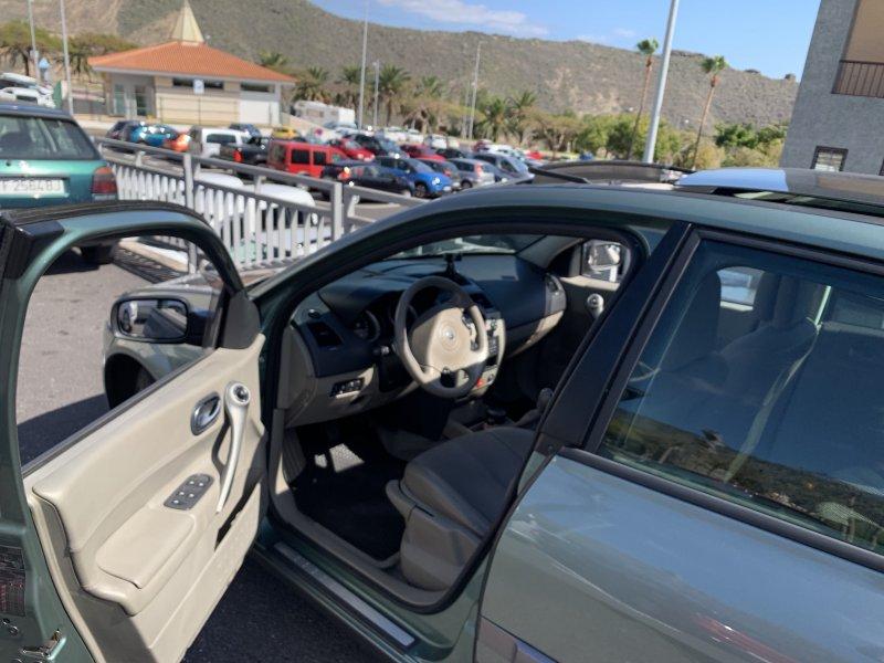 Renault Megane Sedan Luxe Privilege 1.900 D. 135 C, vista 13