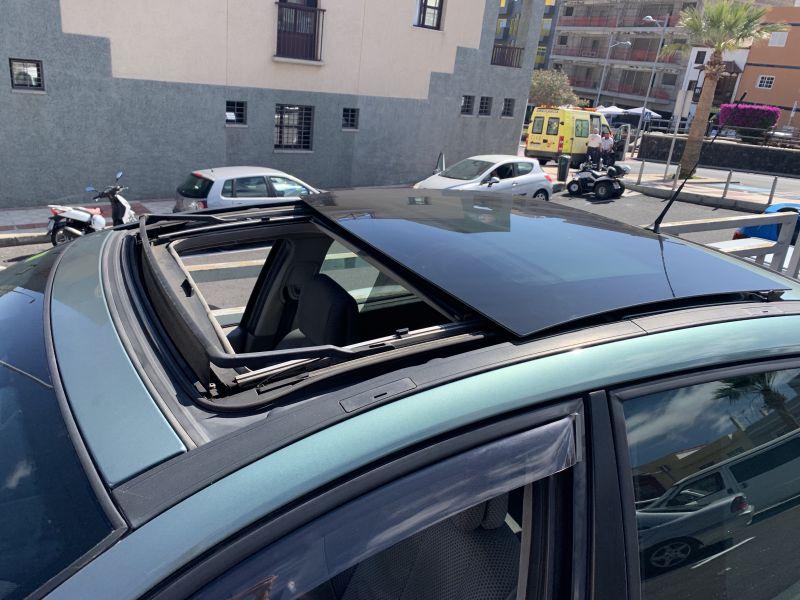 Renault Megane Sedan Luxe Privilege 1.900 D. 135 C, vista 5