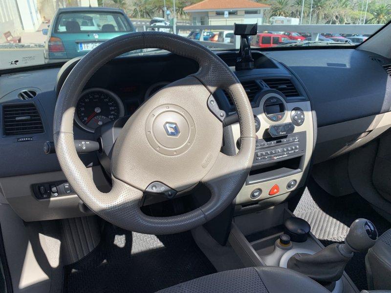 Renault Megane Sedan Luxe Privilege 1.900 D. 135 C, vista 7