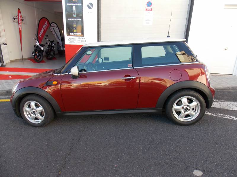 MINI ONE 1.400cc, vista 3