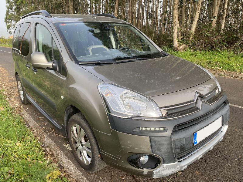 CITROEN BERLINGO HDI XTR PLUS 1.6cc 120cv, vista 4
