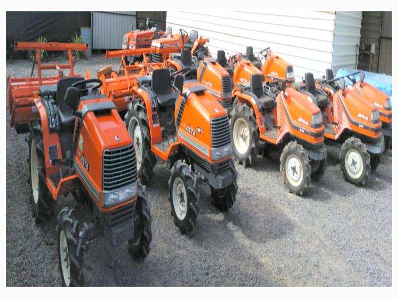 Mini tractores agrícolas, vista 1