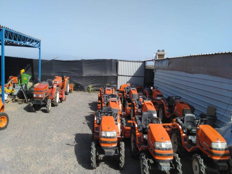 Mini tractores agrícolas, vista 3