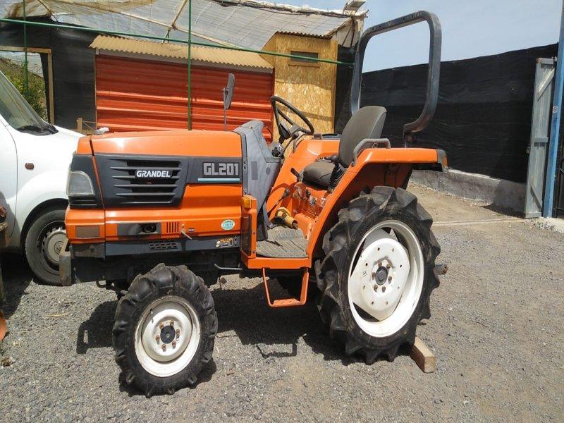 Mini tractores agrícolas, vista 9
