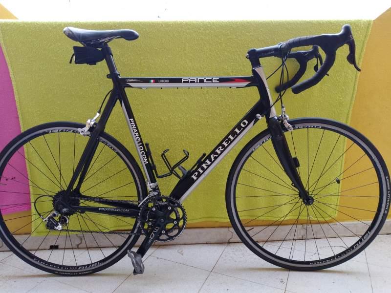 Bici italiana pinarello prince , vista 2