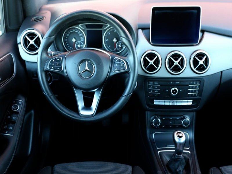 Mercedes-Benz Clase B 180B Sport 1.5CDi 110cv, vista 3