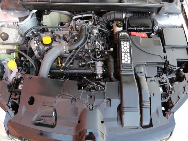 Renault Megane Intens Energy 1.2TCe 105cv, vista 3